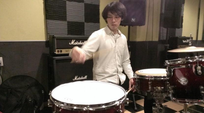 アンテナのドラマー本田